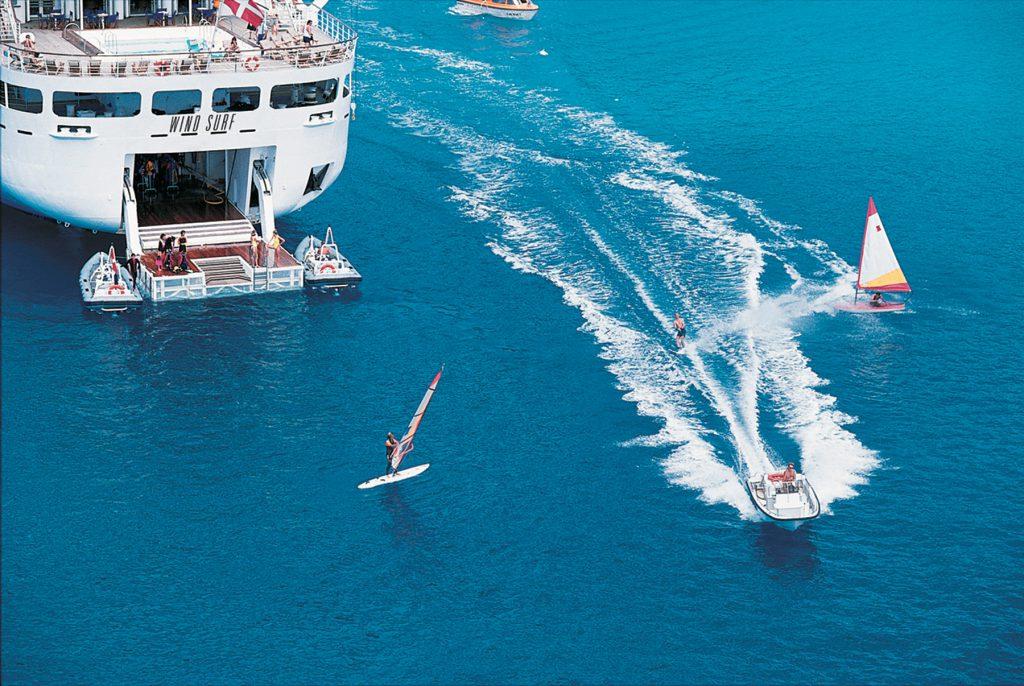 plataforma para esportes náuticos, wind surf - windstar cruises