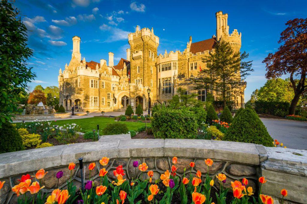 Toronto também tem seu castelo: a Casa Loma