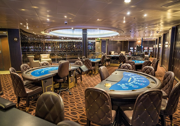Entretenimento a bordo: cassino do Seven Seas Mariner