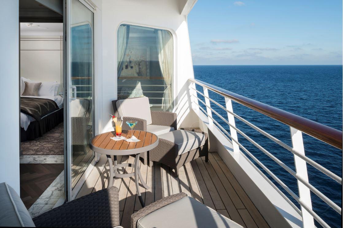 Nas varandas do Crystal Serenity, relax em alto-mar