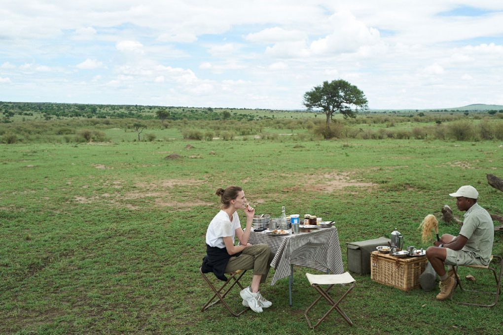 Pausa entre um safári e outro, na Tanzânia